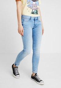 Pepe Jeans - SOHO - Skinny džíny - denim 10oz str american blue lt - 0