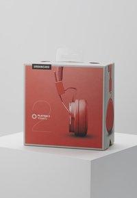 Urbanears - PLATTAN 2 - Headphones - tomato - 4