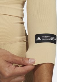 adidas Performance - FORMOTION PRIMEGREEN WORKOUT COMPRESSION - Treningsskjorter - hazbei - 5