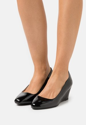 WIDE FIT DREAMER WEDGE COURT - Escarpins compensés - black
