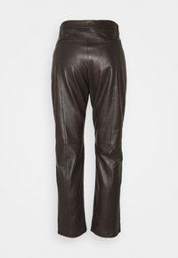 WEEKEND MaxMara - ARIELLA - Leather trousers - dunkel braun - 6