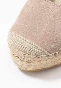 Vidorreta - Højhælede sandaletter / Højhælede sandaler - piedra - 2