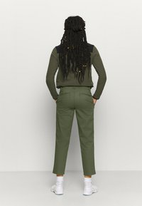 The North Face - MOTION ANKLE  - Pantalones - new taupe green - 2