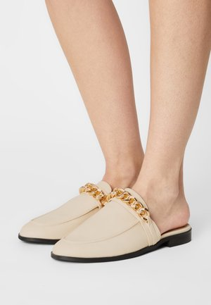 CHUNKY CHAIN LOAFER - Mules - beige