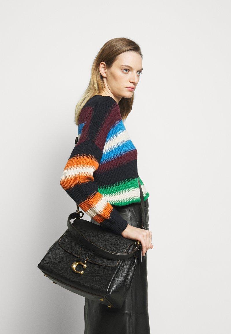 Coach - MAY SHOULDER BAG - Handbag - black