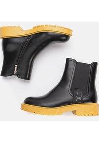Betsy - Platform ankle boots - schwarz - 2