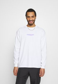 Mennace - MENNACE WORLDWIDE - Long sleeved top - white - 0