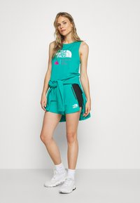 The North Face - WOMENS GLACIER TANK - Sportshirt - jaiden green - 1