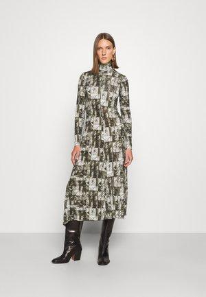 DANATA - Maxi dress - khaki