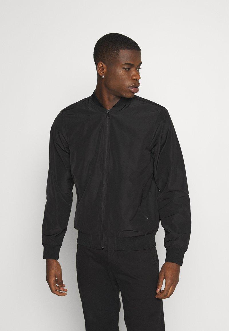 Burton Menswear London - CORE MILITARY - Bomberjacks - black