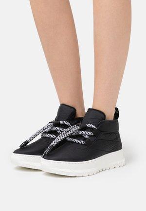 COZY  - Winter boots - black