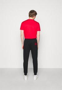 HUGO - DEASTY - Pantaloni sportivi - black - 2