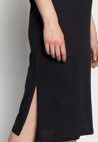 Noisy May - NMMAYDEN 2/4 DRESS NOOS - Denní šaty - black - 5
