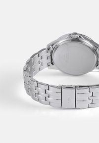 Guess - LADIES DRESS - Klokke - silver-coloured - 1