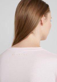 BLANCHE - MAIN TUCK LONGSLEEVE - Bluzka z długim rękawem - power - 4