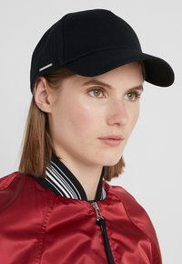 Tiger of Sweden - HINSDAL - Cap - black - 5