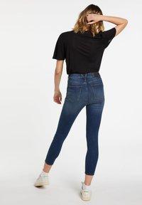 Volcom - LIBERATOR HIGH RISE - Jeans Skinny Fit - blue - 2