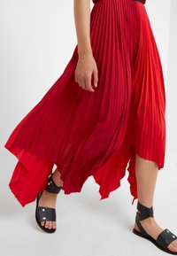 Escada Sport - ROCKSTAR - Pleated skirt - racing red - 4