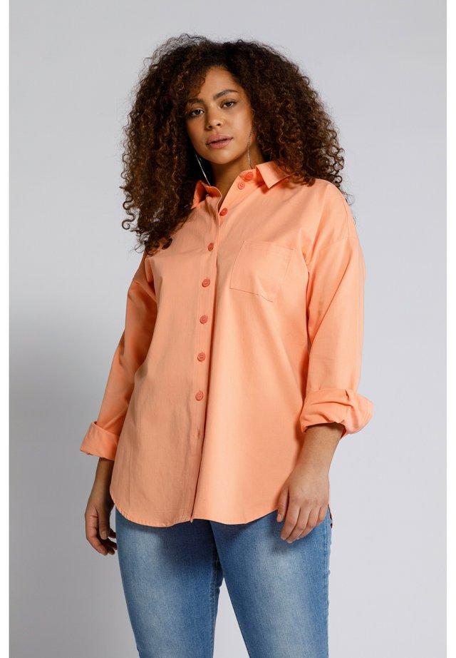 Overhemdblouse - peach