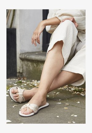YOU TROPEZ SHINE - T-bar sandals - beige