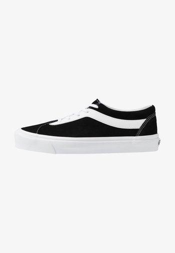 UA BOLD NI - Sneakers basse - black/true white