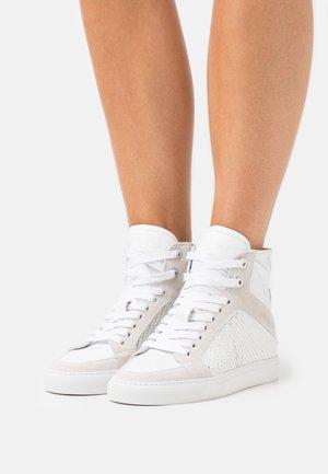Vysoké tenisky - blanc