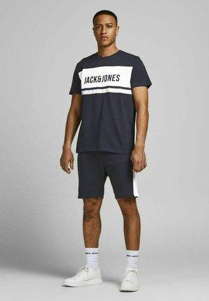 SET - Shorts - navy blazer