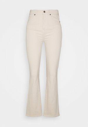 JENORA  - Jeans straight leg - ecru