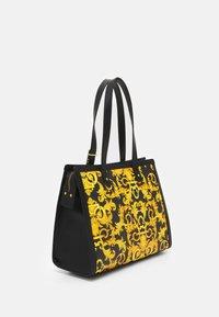 Versace Jeans Couture - LULA - Handbag - black - 2