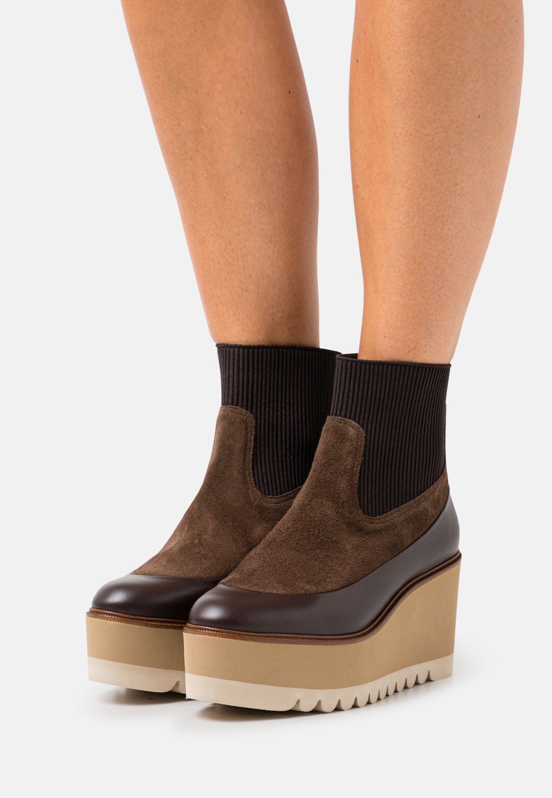 Women NOAH - Wedge Ankle Boots