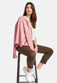 Gerry Weber - Veste en similicuir - rose - 2