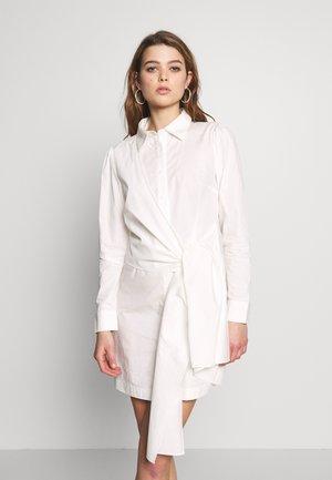 TIE FRONT DRESS - Shirt dress - white