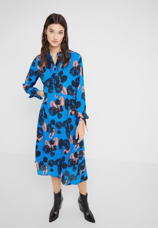 ALASKA - Sukienka koszulowa - imperial blue
