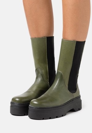 AYA - Platform boots - green