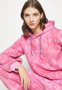 Ellesse - FLUO - Hoodie - pink - 4