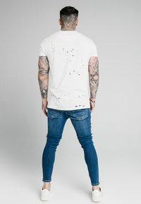 SIKSILK - DISTRESSED RIOT - Jeans Skinny Fit - midstone - 2