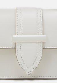 ALDO - DWARDONI - Handbag - bright white - 4