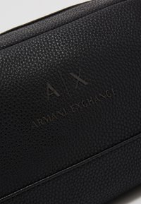 Armani Exchange - WASHBAG - Trousse - black/gunmetal - 2