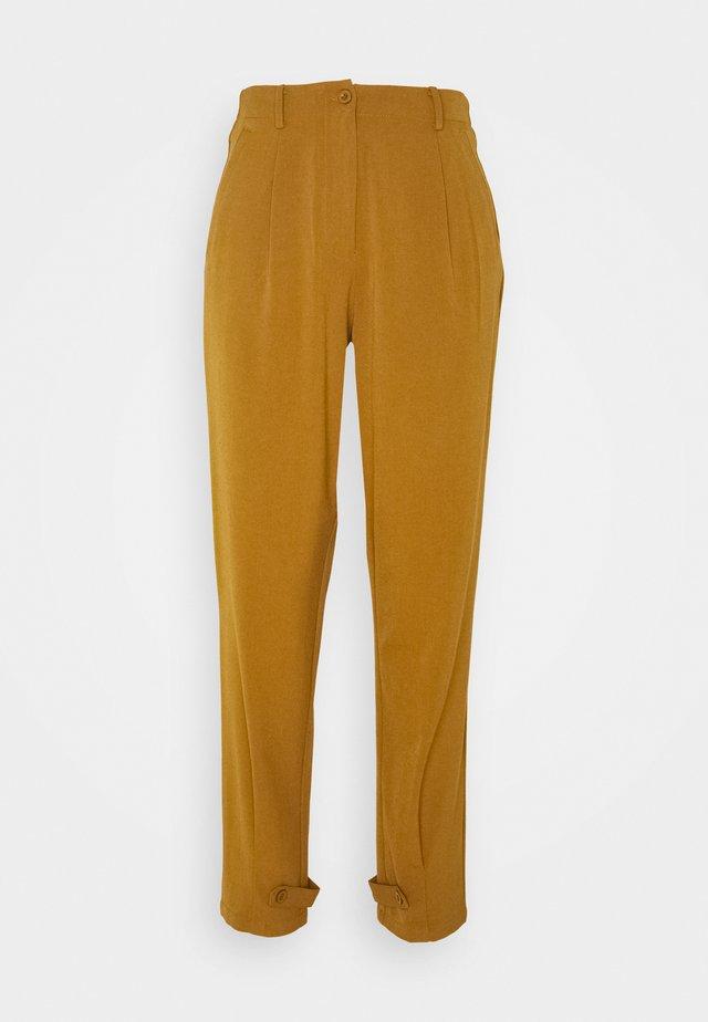 NUMELISANDE PANT - Pantalon classique - bronze