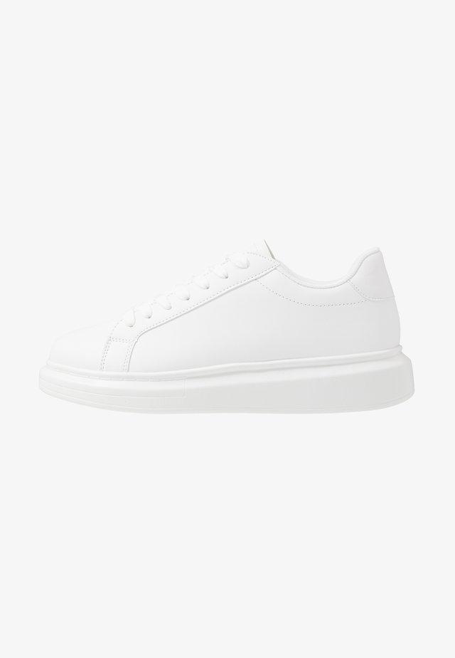 ROYAL - Sneakers basse - white