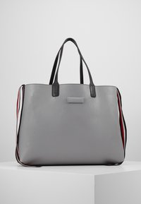 Tommy Hilfiger - ICONIC TOTE SOLID - Tote bag - black - 7