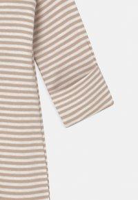 Marks & Spencer London - NEWBORN SET UNISEX - Sleep suit - opaline - 2