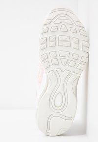 Nike Sportswear - AIR MAX 97 - Sneakers laag - summit white/bleached coral/desert sand/white - 6