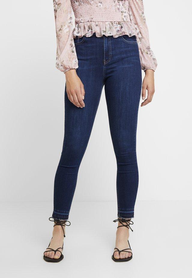 HIGH WAIST OPEN HEM - Skinny džíny - dark blue