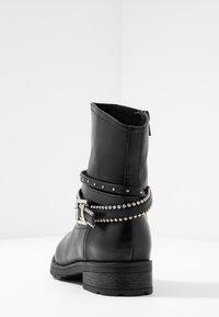 H.I.S - Kovbojské/motorkářské boty - black - 5