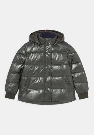 METALLIC PUFFER - Winter jacket - metallic green