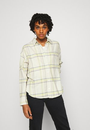 THE RELAXED - Button-down blouse - whittier almond milk