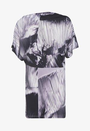 T-shirt imprimé - black/lilac