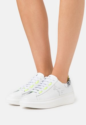 SCARPE SHOES - Baskets basses - white/yellow