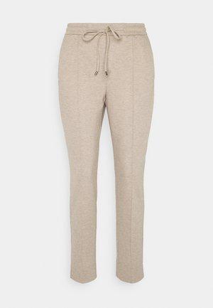 MELVY - Teplákové kalhoty - macadamia
